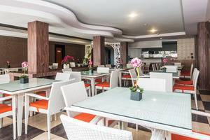 ZenRooms Denpasar Marlboro - Restoran
