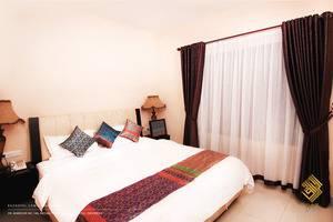Raz Hotel Medan - TEMPAT TIDUR SUPERIOR KING