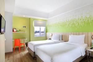 Zest Hotel Sukajadi Bandung - TEMPAT TIDUR TWIN