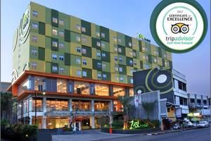 Zest Hotel Sukajadi Bandung - EXTERIOR