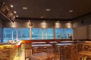 Dginn Cafe & Bar Danau Toba - Cafe
