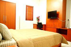 Sky City Home Guest House Bandung - Kamar Super Deluxe