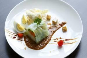 Hotel Grandhika Setiabudi Medan Medan - Makanan