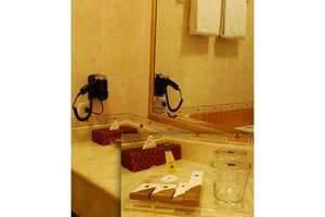 Blue Sky Pandurata Jakarta - Fasilitas kamar mandi