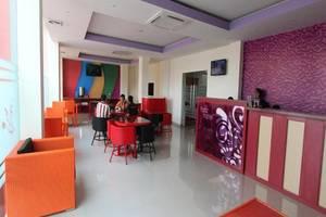 Fariz Hotel Malang - Lobi