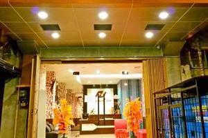 Harmoni Inn Makassar - Pintu Masuk