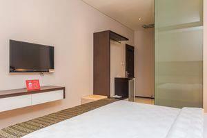 ZenRooms Sriwijaya Legian Kuta Bali - Tempat Tidur Double