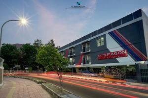 D'Paragon Karangmalang