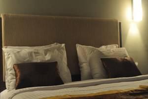 Cheers Residential Jakarta - Kamar Bisnis Suite