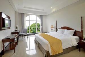 The Sahira Hotel Bogor - Deluxe Queen