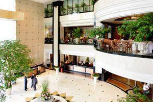Hotel Menara Peninsula Jakarta - Lobi