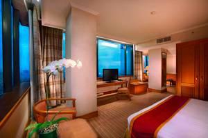 Hotel Menara Peninsula Jakarta - Club Studio