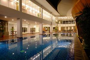 Horison Hotel Jababeka - Kolam Renang
