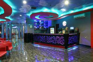 Quality Plaza Hotel Makassar - Reception