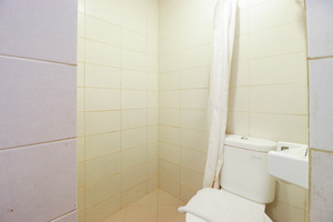 Airy Panakkukang Pandang Raya 12 Makassar - Bathroom