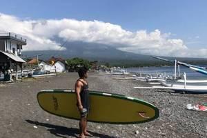 The Shooting Star Homestay Bali - Pagayer di pantai