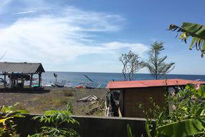 The Shooting Star Homestay Bali - Di pantai