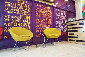 ZEN Rooms Raya Mastrip Surabaya - Resepsionis