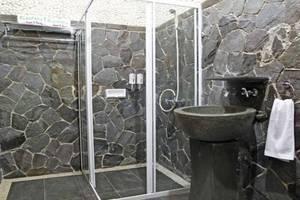 Kastuba Resort Bandung - Kamar mandi