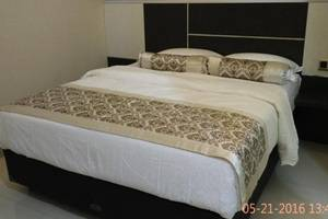 Malang City Boulevard Homestay & Restaurant Malang - Deluxe Double