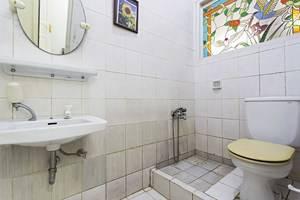 RedDoorz at Cibubur - Kamar mandi
