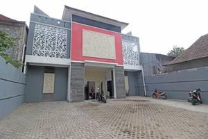 RedDoorz Plus near Rumah Sakit JIH Yogyakarta - Exterior