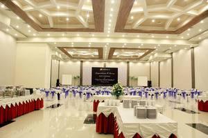 The Sun Hotel Madiun - Ballroom