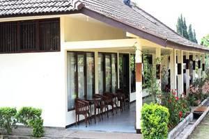 Avina Lembang Bandung - Teras