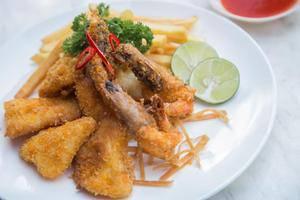 Best Inn Hotel Balikpapan - Food