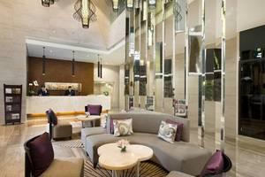 Hotel Santika Premiere Hayam Wuruk - Lobby