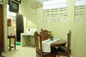 Hotel Mataram 2 Yogyakarta - Kamar paviliun pantry