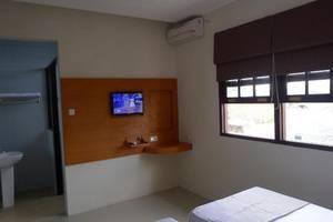 Family Kupang Baru Surabaya - Kamar tamu