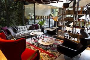 Kosenda Hotel Jakarta - Depan Perpustakaan