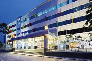 Santika Kelapa Gading - Tampilan Luar Hotel