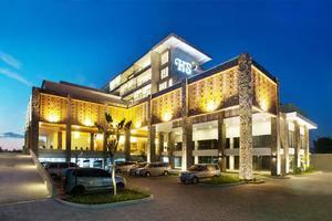 Hotel Santika Banyuwangi - Facade