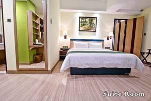 Green Batara Hotel Bandung - Suite Room