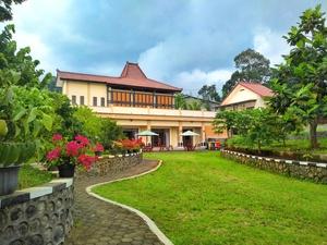 Villa Omah Gayeng
