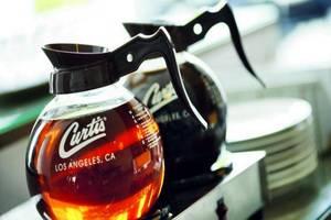 Amaris Hotel Lebak Bene Bali - Fasilitas membuat teh dan kopi