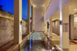 Amaris Hotel Lebak Bene Bali - Kolam Renang