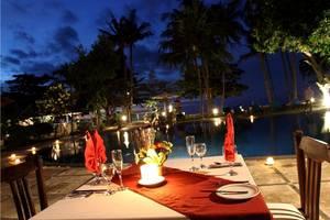 Sunari Villas & Spa Resort Lovina - Makan malam romantis
