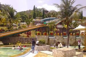 D'Cabin Hotel Container Jatiluhur Purwakarta - Kolam Renang
