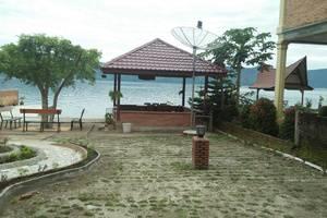 Tamado Cottages Samosir - View