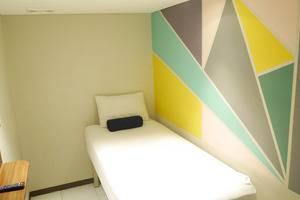 Subwow Hostel By Willson Hotel Bandung - Single Sharing Bathroom