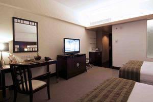 Merlynn Park Hotel Jakarta - Family Suite