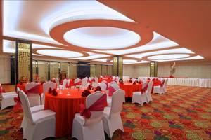 Merlynn Park Hotel Jakarta - Ballroom