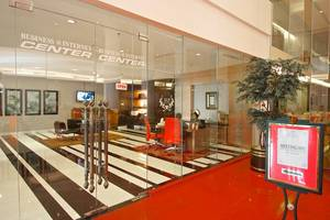 Merlynn Park Hotel Jakarta - Business center