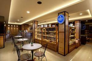 De Puri Boutique Hotel Surabaya - Restoran