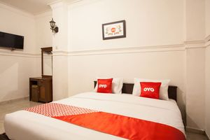 OYO 1084 Hotel Cirasa Syariah