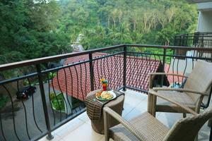 Laprima Hotel Flores - Balkon