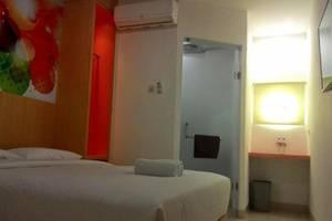 Sabrina Panam Hotel Pekanbaru - Kamar tamu